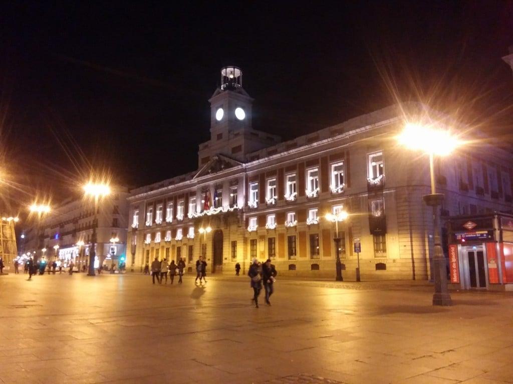 Puerta del Sol la sera, Madrid