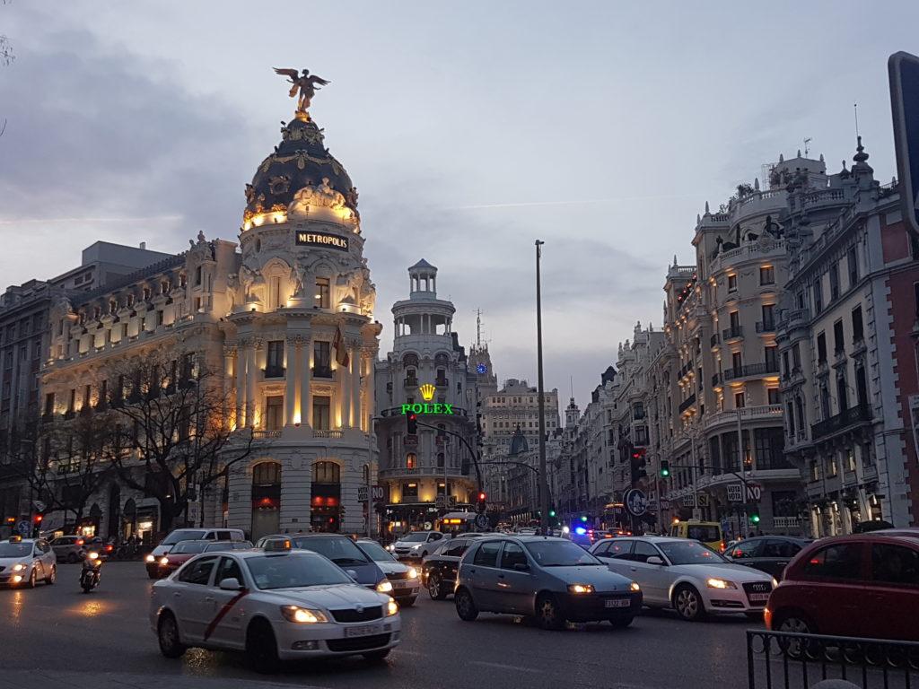 42cbc909db9e Esperienze del terzo tipo a Madrid  il negozio cinese – Arrivederci Italia